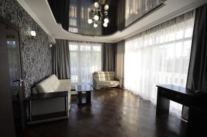 Hotel Nevskiy, Hotely  Divnomorskoye - big - 21