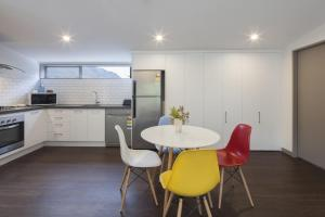 22 Hallenstein Apartments, Apartmanok  Queenstown - big - 26