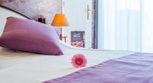 Hôtel Ariane, Hotely  Istres - big - 17