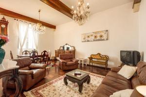 Elegant Apartment Campo Dei Fiori - abcRoma.com