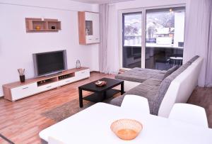 Apartament Alphaville, Апартаменты  Брашов - big - 2