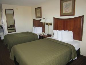 Quality Inn Fort Jackson, Hotels  Columbia - big - 3