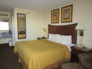 Quality Inn Fort Jackson, Hotels  Columbia - big - 13