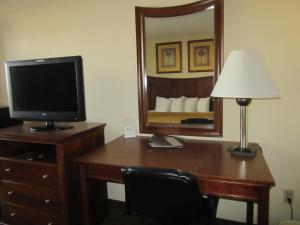 Quality Inn Fort Jackson, Hotels  Columbia - big - 7