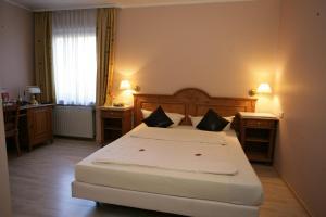 Home Hotel Haan, Hotely  Haan - big - 53