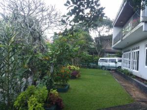Anniewatte House, Проживание в семье  Канди - big - 9