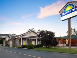 Days Inn by Wyndham Grayling, Hotels  Grayling - big - 29