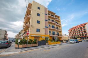 Huli Hotel and Apartments