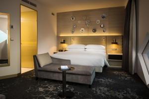 Hilton Amsterdam Airport Schiphol, Отели  Схипхол - big - 8