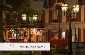 Monte Rosa Boutique Hotel, Hotely  Zermatt - big - 27