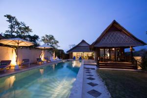 Villa Waru, Holiday parks  Lembongan - big - 10