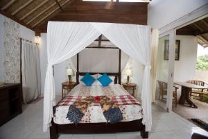 Villa Waru, Holiday parks  Lembongan - big - 34