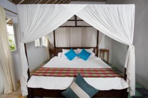 Villa Waru, Holiday parks  Lembongan - big - 65