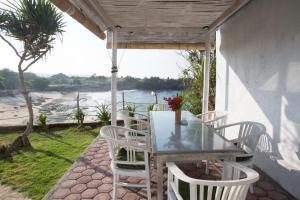 Villa Waru, Holiday parks  Lembongan - big - 3
