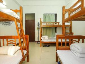 No. 33 Youth Hostel