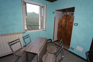 Ai 3 Cantici, Bed and Breakfasts  Triora - big - 17