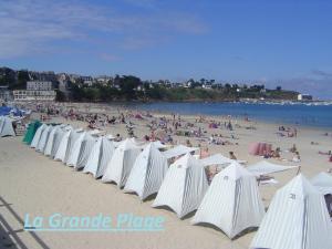 Hotel Les Arcades, Hotels  Saint-Cast-le-Guildo - big - 25