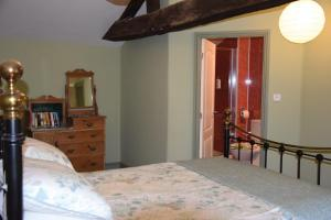 Chez Jasmin, Bed & Breakfasts  La Chapelle-Saint-Laurent - big - 3