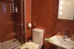 Chez Jasmin, Bed & Breakfasts  La Chapelle-Saint-Laurent - big - 5