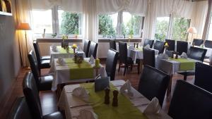 Hotel-Restaurant Zur Fichtenbreite, Hotely  Coswig - big - 18