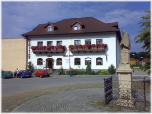 Hotel Stara Skola