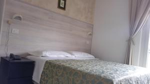 Hotel Canasta, Szállodák  Riccione - big - 8