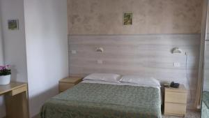Hotel Canasta, Szállodák  Riccione - big - 4