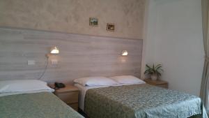 Hotel Canasta, Szállodák  Riccione - big - 5