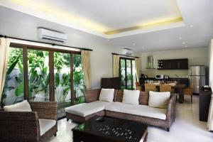 Villa Suksan Rawai, Villen  Rawai Beach - big - 32