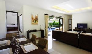 Villa Suksan Rawai, Villen  Rawai Beach - big - 31