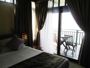 Sea Resort Private unit @ Langkawi Lagoon, Üdülőtelepek  Kampung Padang Masirat - big - 35