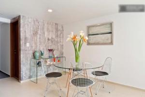 Duplex Penthouse Zona Rosa, Ferienwohnungen  Mexiko-Stadt - big - 10