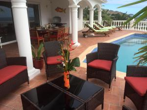 Your Paradise Villa, Дома для отпуска  Ориент-Бэй - big - 9