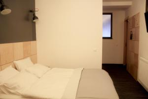 Etude Hotel, Hotels  Lviv - big - 18