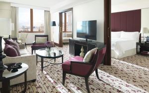 Four Seasons Executive Suite met Kingsize Bed