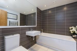 Capital Retreats - Shandwick Place, Apartments  Edinburgh - big - 11