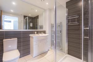 Capital Retreats - Shandwick Place, Apartments  Edinburgh - big - 17