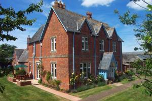 Newcourt Barton, Bed & Breakfasts  Cullompton - big - 1