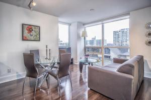 Republic on Roehampton Avenue - Furnished Apartments, Apartments  Toronto - big - 17