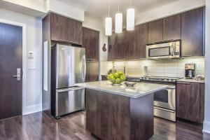 Republic on Roehampton Avenue - Furnished Apartments, Apartments  Toronto - big - 15