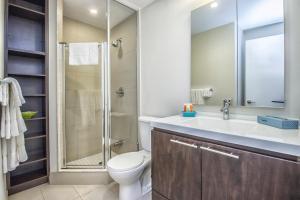 Republic on Roehampton Avenue - Furnished Apartments, Apartments  Toronto - big - 7