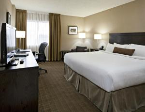 Delta Hotels by Marriott Calgary Airport In-Terminal, Hotely  Calgary - big - 12