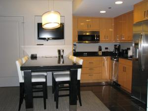 Two-Bedroom Grand Suite with Full Kitchen