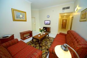 Nejoum Al Emarat, Отели  Шарджа - big - 58