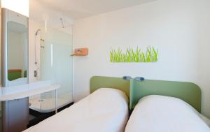 ibis budget Istres Trigance, Hotely  Istres - big - 11