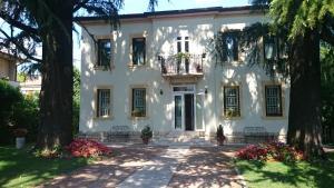 Prenota B&B Villa dei Pini
