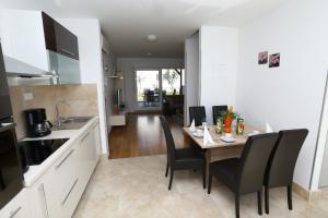 Apartment Parlov 2, Apartmanok  Podstrana - big - 10