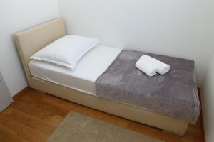 Apartment Parlov 2, Apartmanok  Podstrana - big - 8