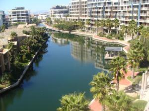 202 Kylemore A Waterfront Marina, Appartamenti  Città del Capo - big - 1
