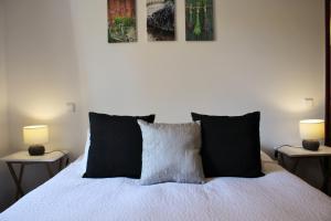 Indigo Madeira - Villa Olga, Apartments  Funchal - big - 11